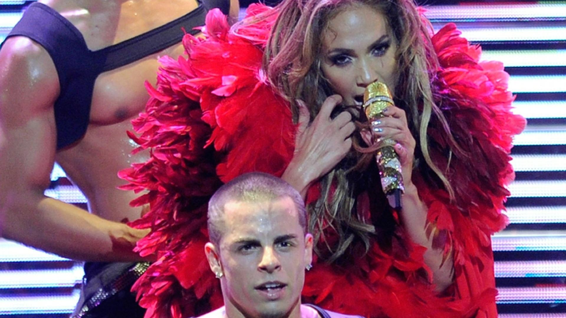 Affaire de Jennifer Lopez, Casper Smart, dança ao lado da cantora (24/09/11)