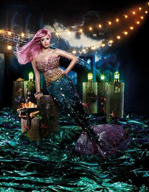 Katy Perry em campanha para a marca GHD Air (3/2/12)