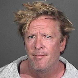 O ator Michael Madsen é preso após envolver-se em uma briga com seu filho adolescente, em sua casa em Malibu, Estados Unidos (9/3/12)