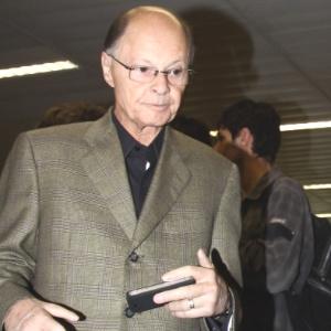 Bispo é acusado de usar, sem autorização, uma procuração para transferir a Televisão Vale do Itajaí