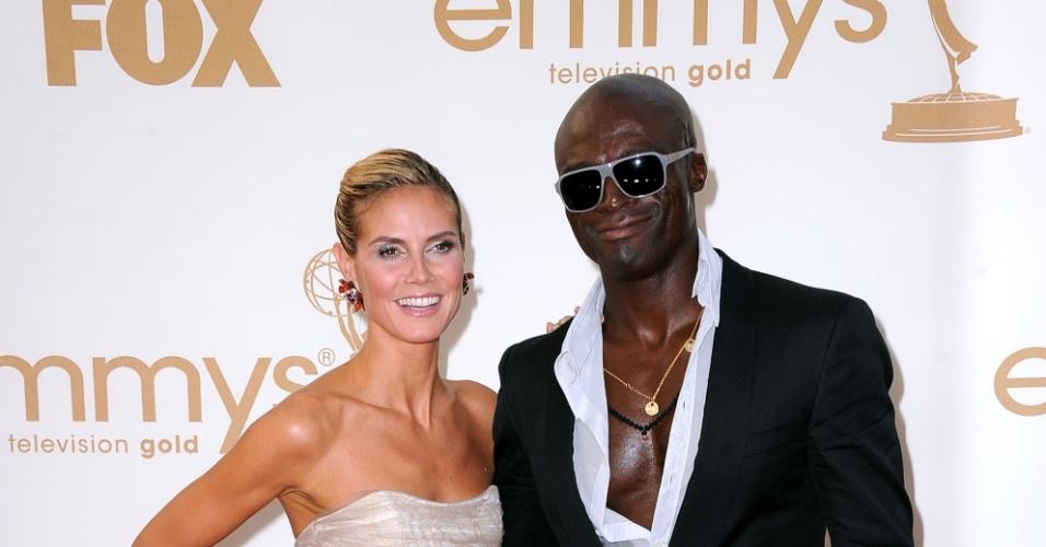 Heidi Klum e Seal durante a 63º premiação do Emmy Awards. O casal, que tem três filhos, terminou o relacionamento após sete anos juntos (16/1/11)