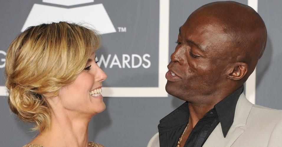 Heidi Klum e Seal na 53º edição do Grammy Awards. O casamento do casal chegou ao fim após sete anos em janeiro de 2012 (13/2/11)
