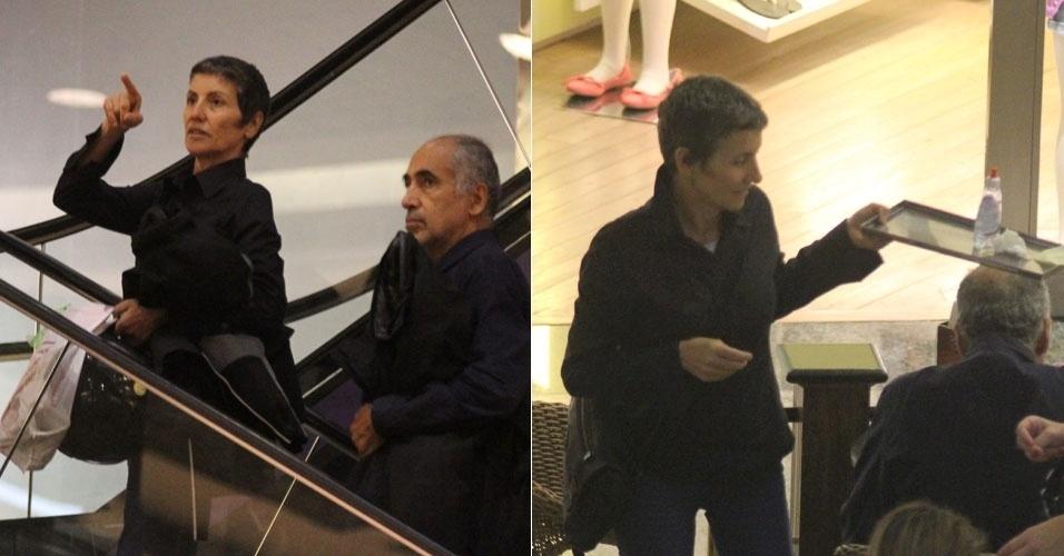 A atriz Cássia Kiss passeia em shopping na Barra com o marido, no Rio de Janeiro (28/1/12)