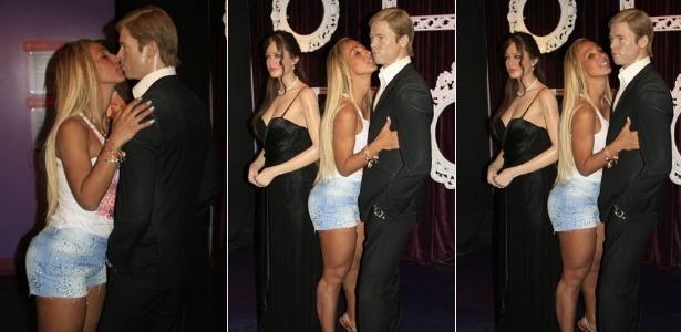 Valesca Popozuda dá selinho em estátua de Brad Pitt (29/1/12)