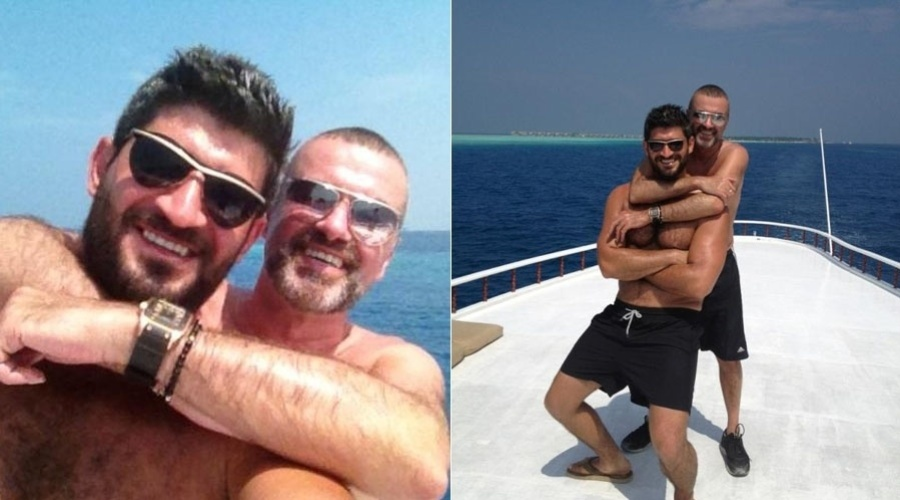 George Michael e o namorado, Fadi Fawaz, curtem o dia a bordo de um iate (5/2/2012)
