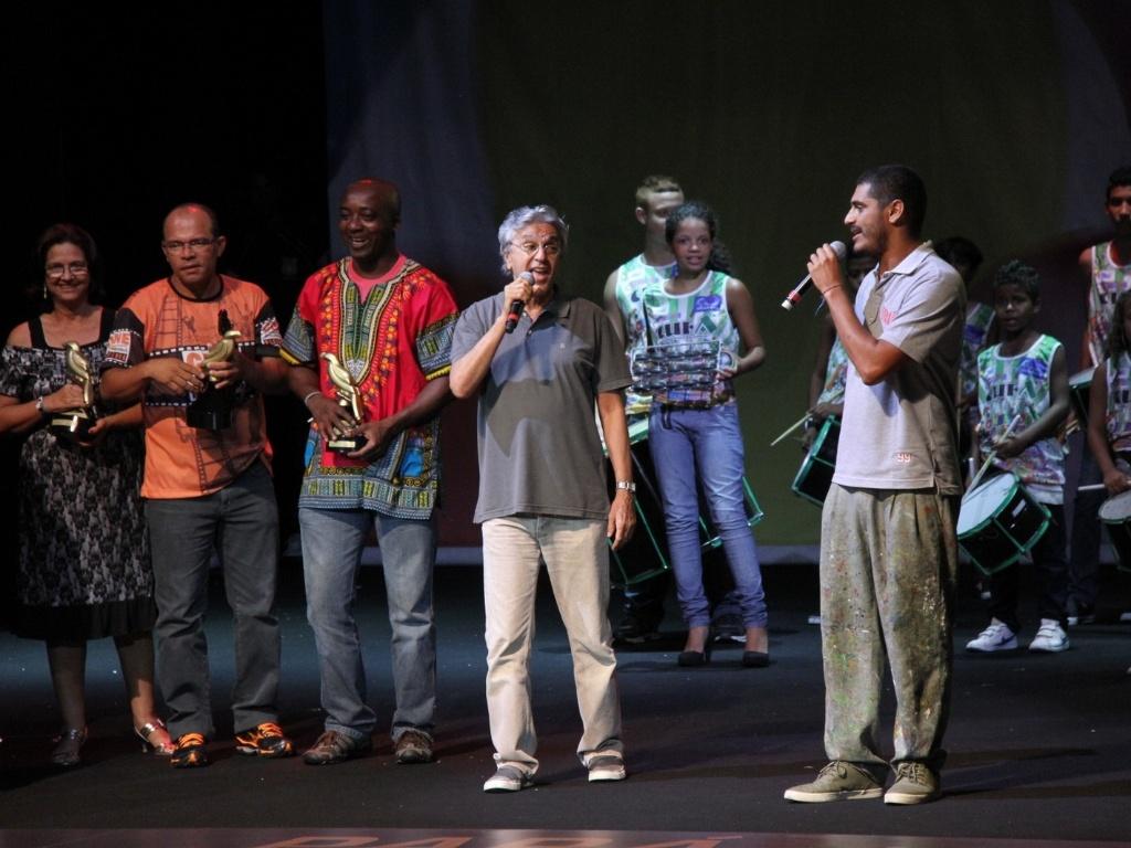 Caetano Veloso e Crioulo encerraram a noite com a música