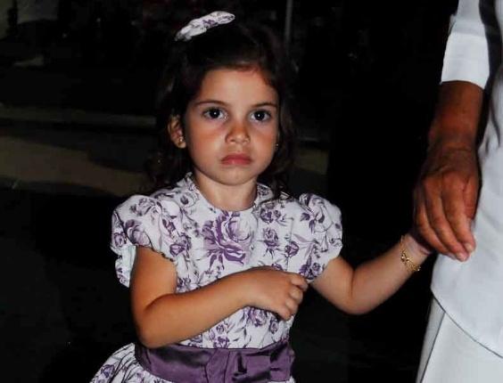Edu Guedes Festeja O Aniversário Da Filha Maria Eduarda: Filha De Roberto Justus Faz Pose Em Festa De Aniversário