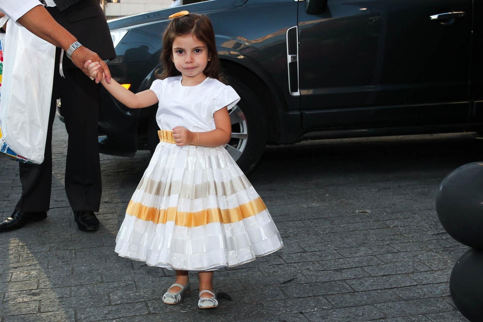 Maria Eduarda Guedes, filha do apresentador Eduardo Guedes e de Dani Zurita na festa de Emo, em São Paulo (6/5/2012)
