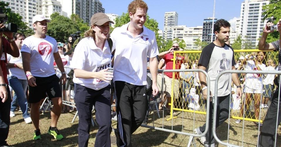 O príncipe Harry participa de corrida beneficente, no Aterro do Flamengo, debaixo de forte sol, na manhã de sábado (10/3/12)