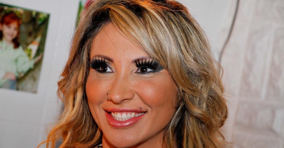"""Sabrina Boing Boing posa em ensaio sensual para a revista """"Lovers"""", em São Paulo (13/3/12)"""