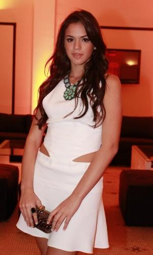"""Bruna Marquezine, a Belezinha de """"Aquele Beijo"""", prestigia o aniversário de 30 anos da promoter Carol Sampaio no Hotel  Copacabana Palace, no Rio De Janeiro (15/3/12)"""