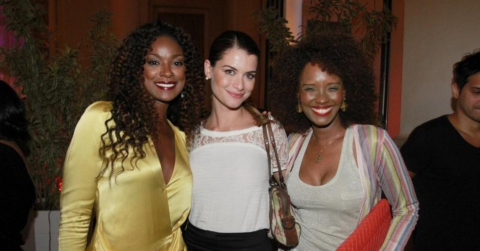 Cris Vianna, Alinne Moraes e Isabel Fillardis na festa de 30 anos da promoter Carol Sampaio, no Copacabana Palace, no Rio de Janeiro (15/3/12)