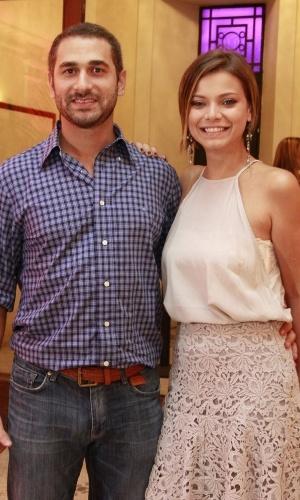 Milena Toscano e o namorado Elias Abi Sabel na festa de 30 anos da promoter Carol Sampaio, no Copacabana Palace, no Rio de Janeiro (15/3/12)