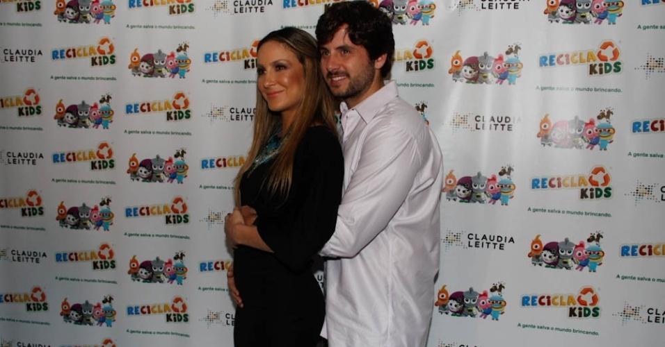Claudia Leitte e o marido, Márcio, durante o evento em São Paulo (22/3/2012)