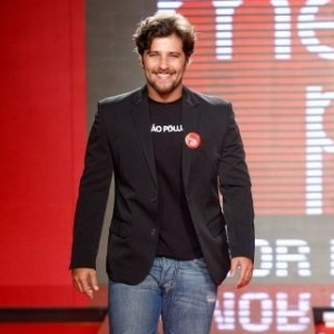 Bruno Gagliasso desfila no encerramento do Mega Polo Moda (03/03/2010)