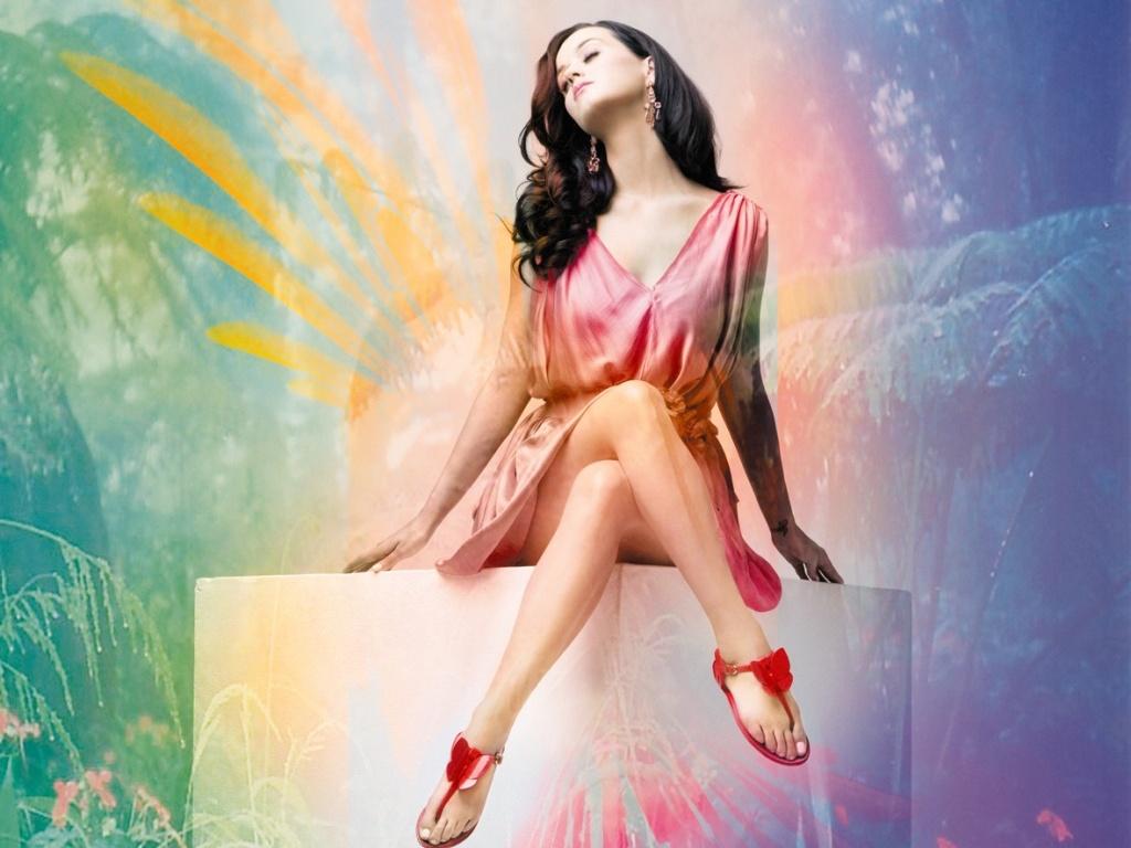 A cantora pop Katy Perry é fotografada em editorial da revista da Melissa Plastic Dreams, da qual é capa