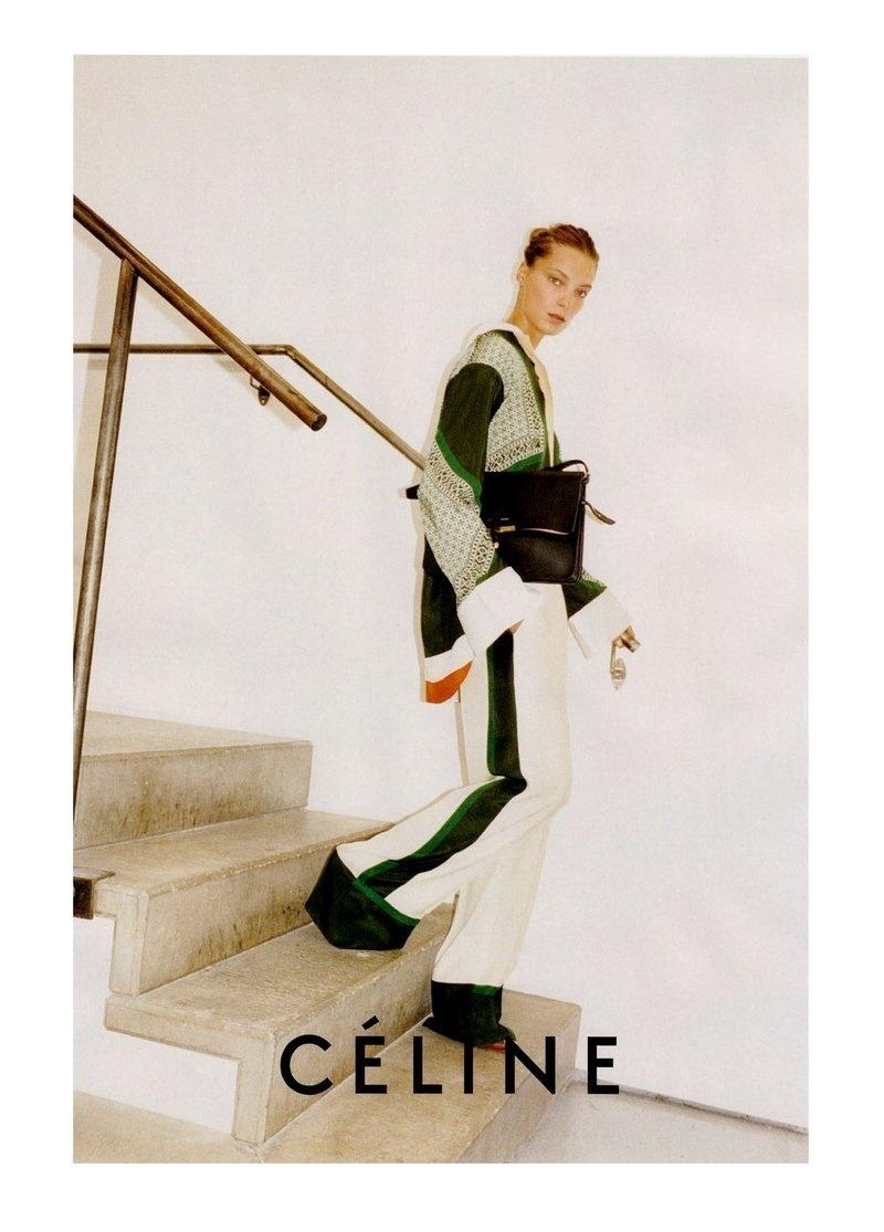 Janeiro 2011:  A supertop Daria Werbowy estrela a campanha da Céline para o Verão 2011