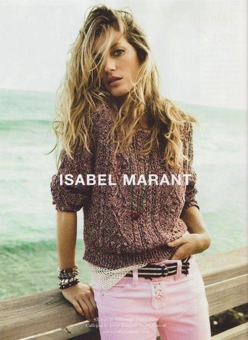 Janeiro 2011: A supermodelo Gisele Bündchen posa para a campanhas Verão 2011 de Isabel Marant, em fotos de  Inez van Lamsweerde e Vinoodh Matadin. As imagens foram feitas em St. Barths, no Caribe