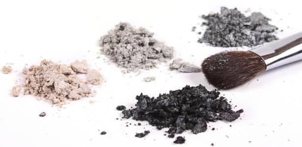 Maquiagens minerais são uma opção menos alergênica e com efeito mais natural