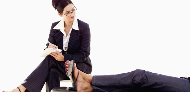 Conversando com um psicólogo, o indivíduo encontrará incentivos para mudar seu cotidiano