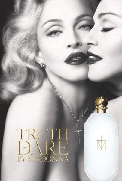 Dezembro: Madonna aparece na campanha em preto e branco de seu novo perfume 