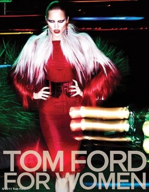 Julho 2011: Candice Swanepoel posou para Mert Alas e Marcus Piggott para a nova campanha de Inverno 2011 da Tom Ford