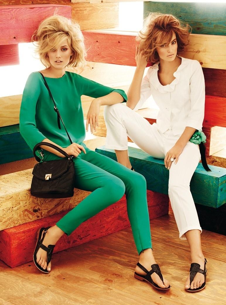Janeiro: A MaxMara Studio revelou sua campanha para o Verão 2012 com as modelos Toni Garrn e Ymre Stiekema. As fotos foram feitas por Giampaolo Sgura