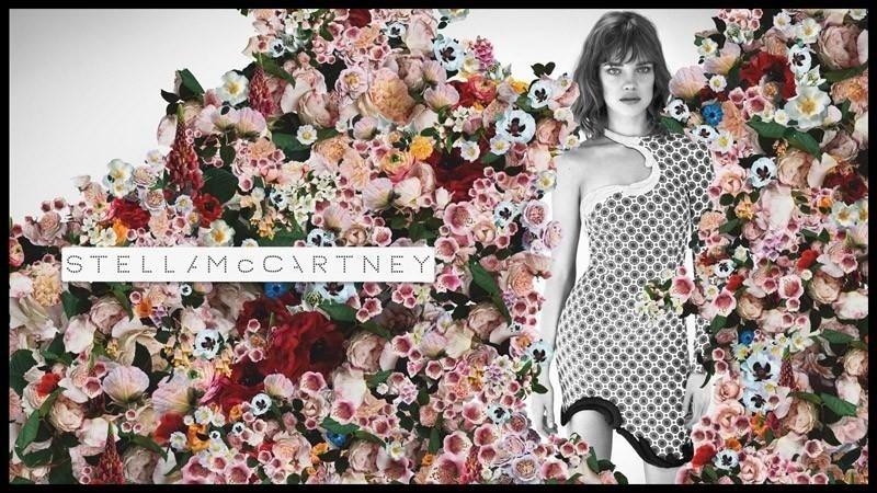 A top Natalia Vodianova posou para a dupla de fotógrafos Mert Alas e Marcus Piggott para a nova campanha da Stella McCarney. A modelo  aparece em preto e branco recortada sobre uma imagem repleta de flores