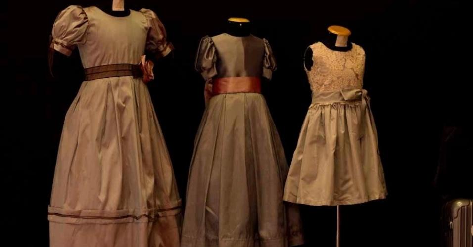 A Lethicia também tem uma coleção de vestidos para daminhas, a linha Lelê, feitos em tafetá de seda pura e renda francesa. Os preços vão de R$ 700 a R$ 1.200