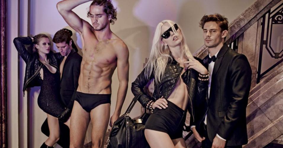 Março 2012: Os modelos Aline Weber, Marlon Teixeira, Alice Kucksman, Leandro Lima e Baptiste Demay estrelam a campanha de Inverno 2012 da Ellus, fotografo por Jacques Dequeker, em um casarão na Bela Vista, em São Paulo (SP)