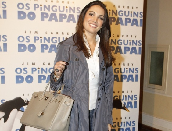 Patr&#237;cia Poeta na estreia de &#34;Os Pinguins do Papai&#34;