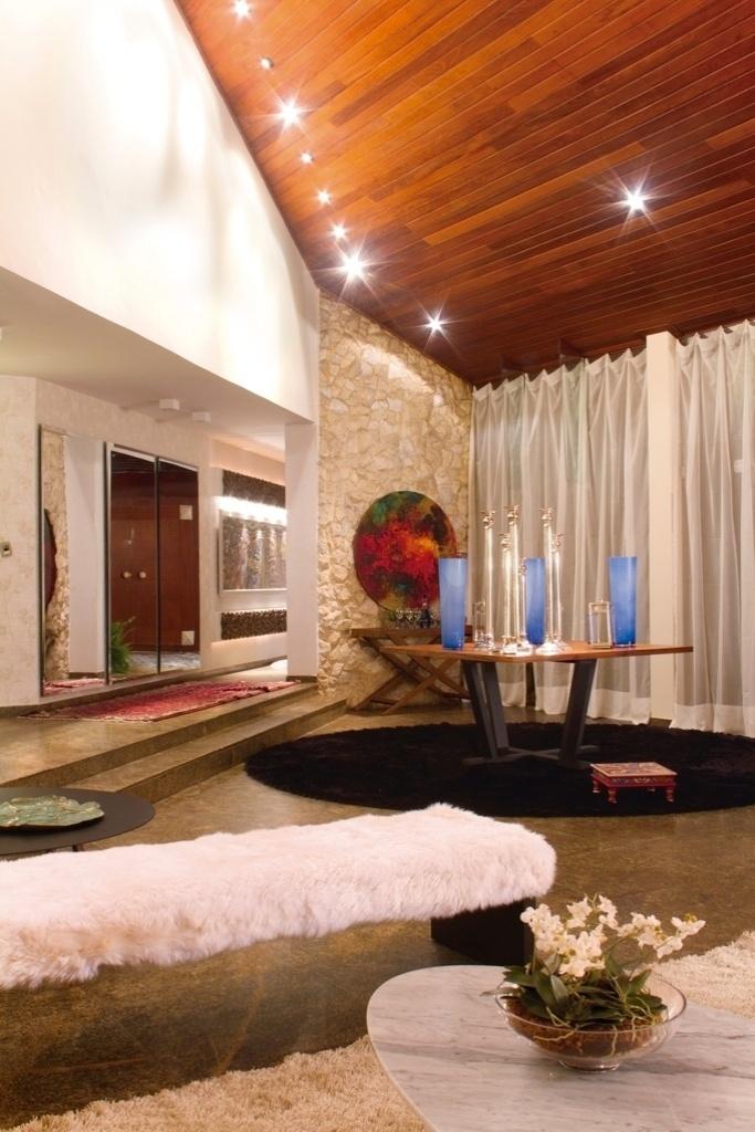 Morar Mais por Menos - Goiás - 2012. Estar - designer de interiores Meire Santos e arquiteto Leo Maia