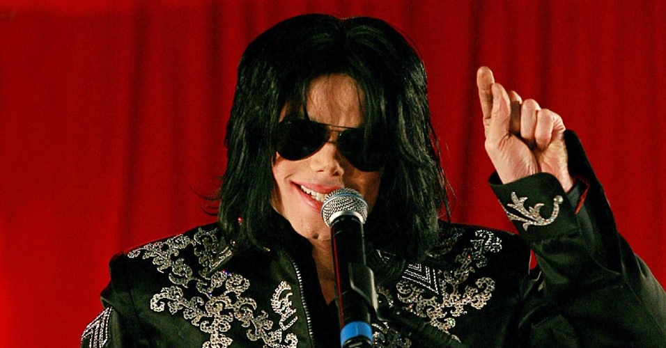 Michael Jackson anuncia temporada de shows na Arena O2, em Londres (05/03/2009)