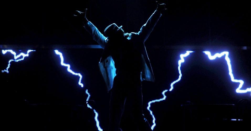 Musical Thriller Live faz homenagem à carreira de Michael Jackson em Froettmanig, na Alemanha (22/07/2009)
