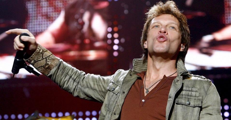 Jon Bon Jovi durante show de sua banda em Ebreichsdorf, na Áustria (04/06/08)