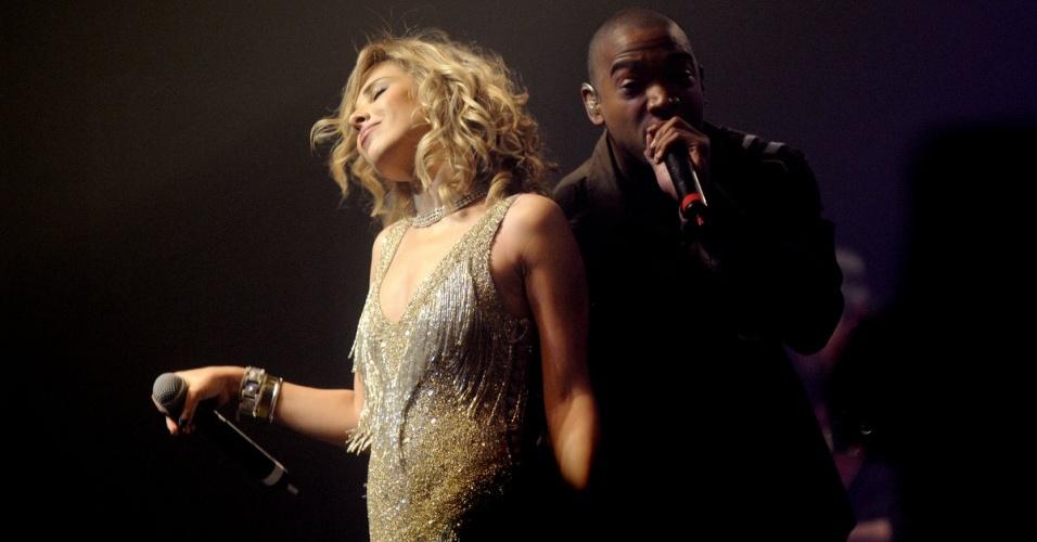 Wanessa e o rapper Ja Rule durante show da cantora em São Paulo (08/10/2009)