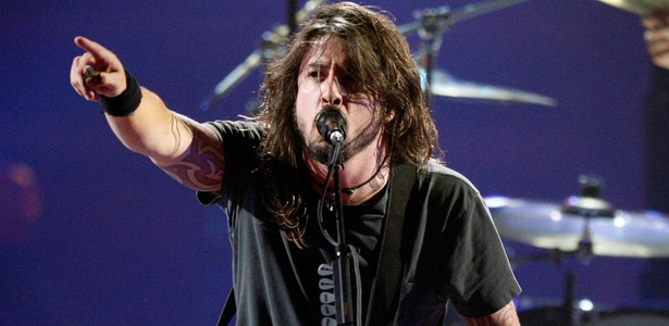Dave Grohl durante show do Foo Fighters no 3º VH1 Rock Honors, em Los Angeles (12/07/2008)