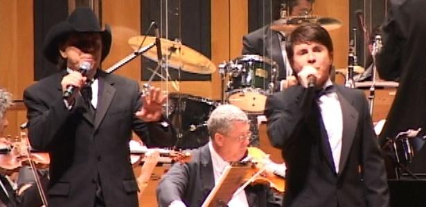 Chitãozinho e Xororó em apresentação com João Carlos Martins, em São Paulo (08/11/2009)
