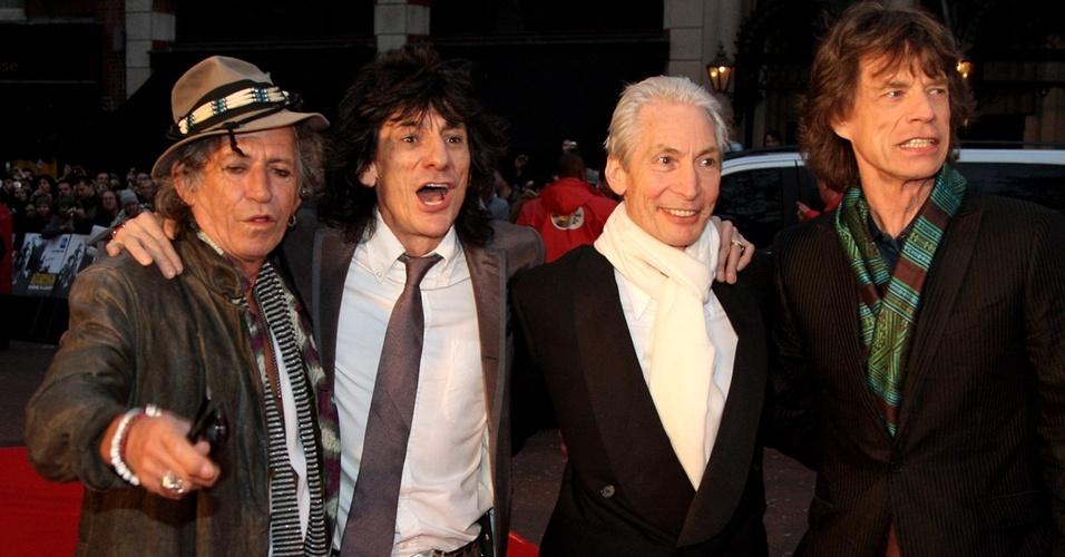 Os integrantes do Rolling Stones Keith Richards, Ronnie Wood, Charlie Watts e Mick Jagger no lançamento do filme