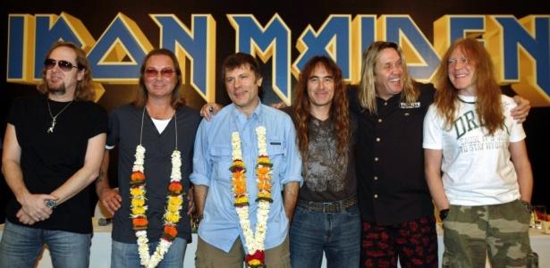 A banda britânica Iron Maiden durante coletiva de imprensa em Mumbai, na Índia (31/01/2008)