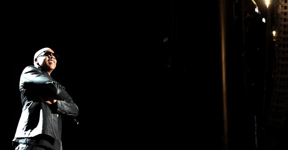 Jay-Z durante show no primeiro dia do Coachella Festival em Indio, Califórnia (16/04/2010)