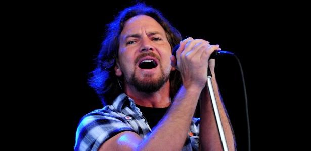 Eddie Vedder faz show com o Pearl Jam no Festival Hard Rock Calling, no Hyde Park de Londres, Inglaterra (25/06/2010)