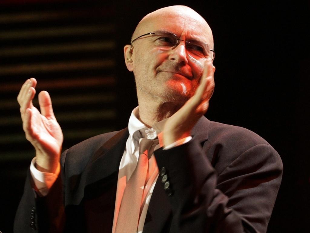 O músico britânico Phil Collins em show no Festival de Montreux, na Suiça (01/07/2010)