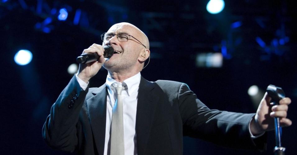 Phil Collins canta em apresentação no Festival de Montreux, na Suiça (01/07/2010)