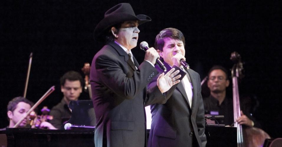 Chitãozinho e Xororó se apresentam em São Paulo (22/07/2010)
