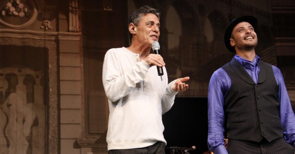 Chico Buarque participa da gravação do DVD de Diogo Nogueira,