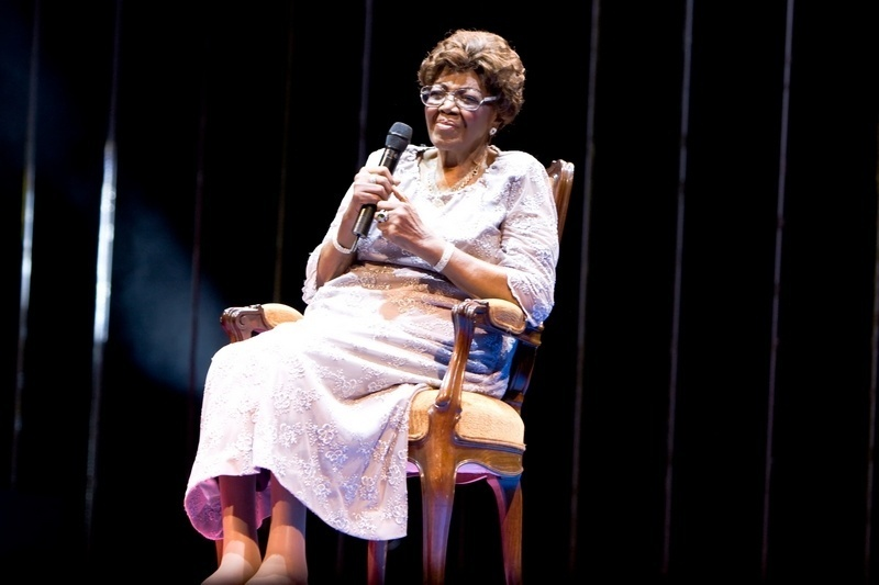 Dona Ivone Lara se apresenta na 21ª edição do Prêmio da Música Brasileira, no Teatro Municipal do Rio de Janeiro (11/08/2010)