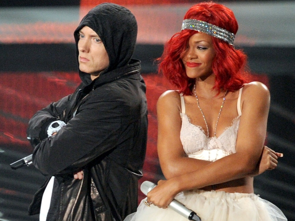 Eminem e Rihanna dividem o palco no MTV Video Music Awards (VMA) 2010, em Los Angeles (12/09/2010)