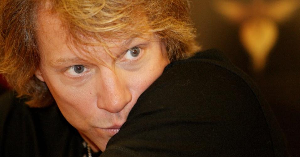 O músico Jon Bon Jovi, da banda Bon Jovi, durante coletiva de imprensa em São Paulo (06/10/2010)