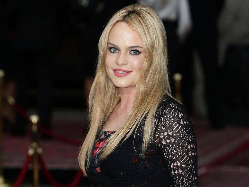 A cantora Duffy em evento de moda em Milão, Itália (19/06/2010)